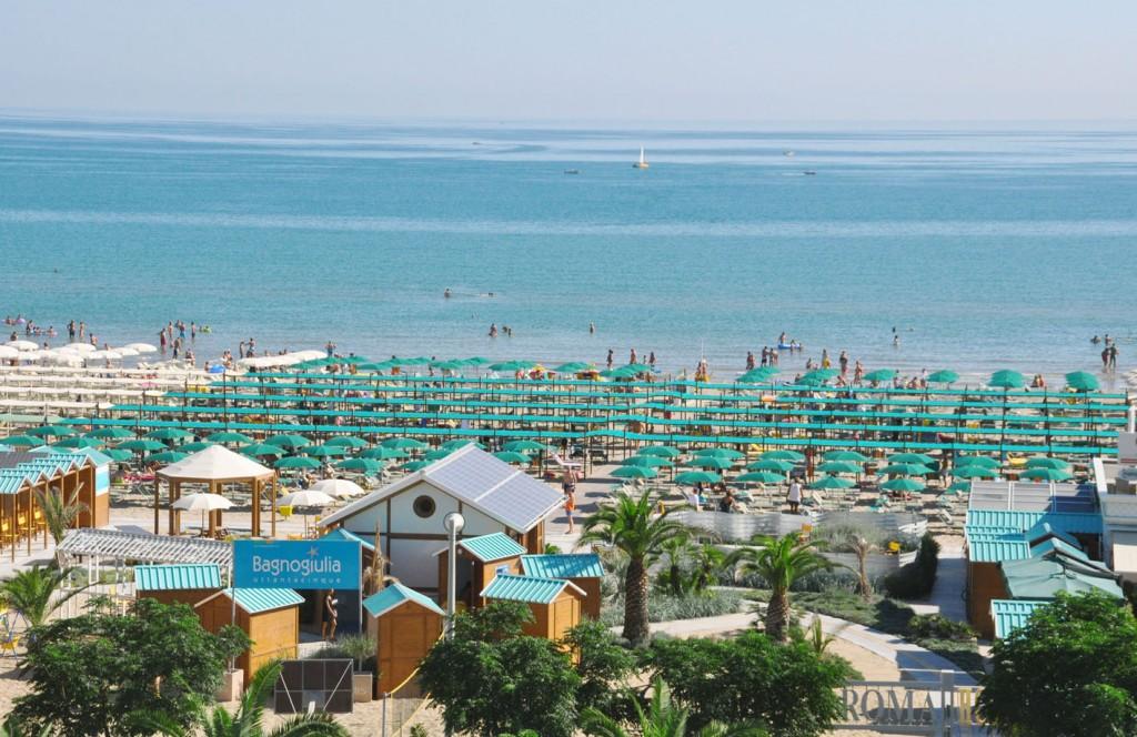 Sole mare sabbia mix perfetto a riccione al bagno giulia 85 - Bagno 78 riccione ...